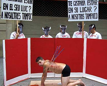 20111018104527-acto-toros.jpg